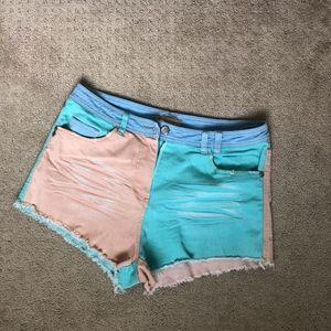 Multicolored retro jean shorts